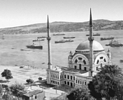 Стамбул.  Мечеть Долмабахче.