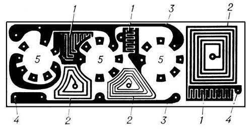 Б. П. Лиховецкий.  Лит.: Печатные схемы в приборостроении...