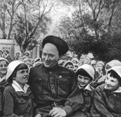 """После военые годы к детям в  """"Артек """" часто приежал В.М.Молотов."""