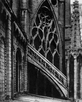 Окно октагона собора в Или, Англия. 1322—1342